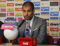 Pep Guardiola che parla alla stampa dopo la partita immagine stock libera da diritti