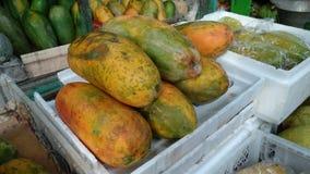 Pepaya, frutas de la papaya que es preparado imagen de archivo libre de regalías
