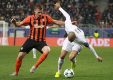 Pepe in der Aktion gegen Gladkiy Stockbild