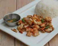 Peper frais de crevettes préparé avec l'ail Photographie stock libre de droits