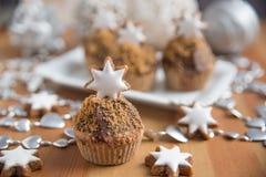 Peperkoek Cupcakes stock foto's