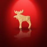 Peperkoekkoekje op rode achtergrond Royalty-vrije Stock Afbeelding