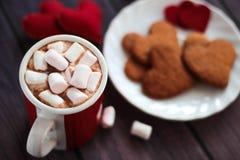 Peperkoekkoekjes, kop van de dag van cacaovalentijnskaarten Royalty-vrije Stock Afbeelding