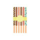 Pepero Palillos con el chocolate atado con una cinta amarilla Postre Dulces Foto de archivo
