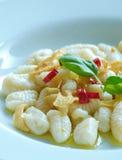 Peperoncino dell'olio di aglio di Garganelli Fotografia Stock Libera da Diritti