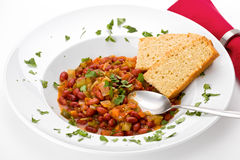 Peperoncino rosso con il Cornbread Immagini Stock Libere da Diritti