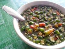 Peperoncino rosso con la salsa di pesce in una ciotola per il concetto tailandese dell'alimento fotografie stock