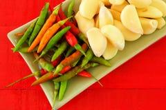Peperoncino rosso ed aglio Fotografia Stock
