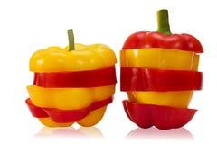 Peperone dolce rosso e giallo affettato Immagine Stock