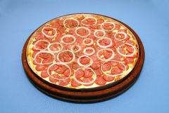 Peperoni 2 πιτσών Στοκ εικόνες με δικαίωμα ελεύθερης χρήσης