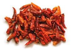 Peperoni di peperoncino rosso isolati su bianco Fotografia Stock Libera da Diritti