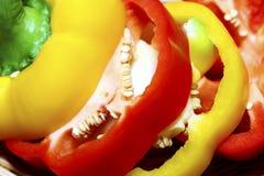 Peperoni dolci variopinti luminosi isolati su bianco Fotografie Stock