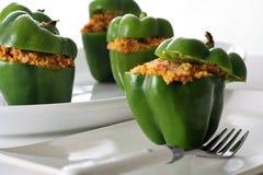 Peperoni farciti con cuscus di verdure arrostito Fotografia Stock