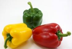 Peperoni freschi organici - verdi, giallo, rosso Immagine Stock