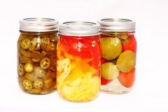Peperoni marinati d'inscatolamento domestici Fotografia Stock Libera da Diritti