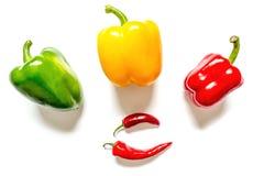 Peperoni verdi e primo piano gialli rossi del peperoncino rosso Immagine Stock Libera da Diritti