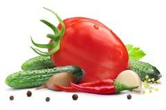 Pepino, tomate para conservar, trajetos fotos de stock