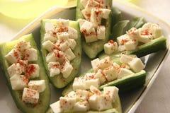 Pepinos com queijo. Fotografia de Stock