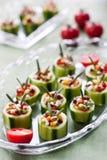 Pepinos con las verduras frescas fotos de archivo