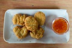 Pepitas de pollo frito Fotografía de archivo libre de regalías