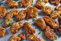 Pepite di pollo in salsa appiccicosa del miele Vista superiore Fotografia Stock