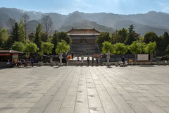 Peple werden in Chongsheng-Tempel gekommen Stockbilder