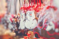 Pepparkakahjärtor på den tyska julmarknaden berkshires tradition arkivfoton