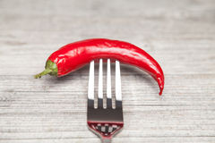 Pepperoni et fourchette Images libres de droits