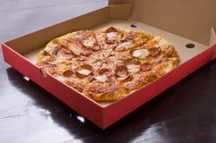 Pepperoni Pizza Royalty Free Stock Photos