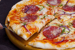 Pepperoni pizza. Freshly baked delicious pepperoni pizza Royalty Free Stock Photography