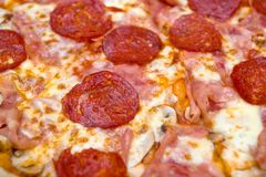 Pepperoni Pizza Close Up Royalty Free Stock Images