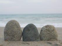 Pepple balance beach Royalty Free Stock Photography