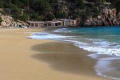 Pequeña bahía hermosa en Ibiza. Foto de archivo