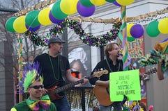 Pequeña banda que juega en Mardi Gras Parade Fotografía de archivo