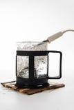 Pequeña caldera individual para una taza Foto de archivo libre de regalías