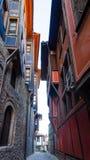 Pequeña calle con las casas en la ciudad vieja en Plovdiv, Bulgaria