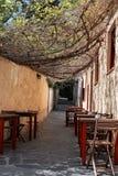 Pequeña calle en Rosas Imágenes de archivo libres de regalías