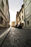 Pequeña calle - Praga Imágenes de archivo libres de regalías