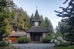 Pequeña capilla Nuestra Senora de la Asuncion - angostura del La del chalet, Patagonia, la Argentina imágenes de archivo libres de regalías