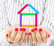 Pequeña casa a disposición Imagen de archivo libre de regalías