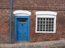 Pequeña casa inglesa vieja Foto de archivo libre de regalías