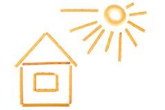 Pequeña casa y el sol Imagen de archivo libre de regalías