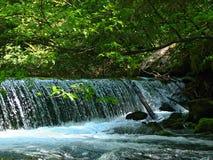 Pequeña cascada Fotografía de archivo