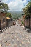 Pequeña ciudad de Copan Ruinas, Honduras, cerca del sitio arqueológico maya famoso de Copan Imagen de archivo libre de regalías