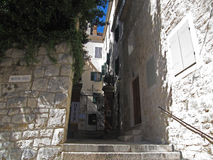 Pequeña ciudad en Croacia, fractura, viaje en Europa, Croacia Fotografía de archivo libre de regalías