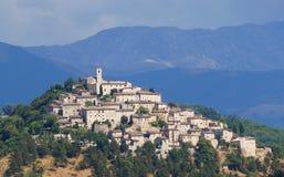 Pequeña ciudad en Italia fotos de archivo libres de regalías