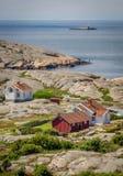 Pequeña colección de las casas de los pescadores en Bohuslän, Suecia Imagenes de archivo