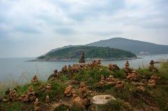 Pequeña estatua de Buda en la isla Foto de archivo