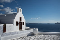 Pequeña iglesia en Ia, Santorini, Grecia Imagen de archivo