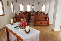 Pequeña iglesia interior fotografía de archivo libre de regalías